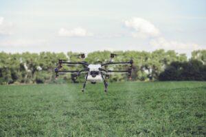 droni agricoli irrorazione pesticidi