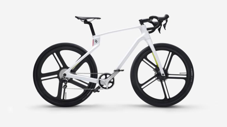 Stampa 3D - SuperStrata, bicicletta in fibra di carbonio stampata in 3D, progettata e sviluppata da Arevo, società californiana di cui Sonny Vu è il CEO (credits: Arevo)